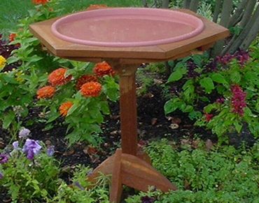 bird bath traditional style
